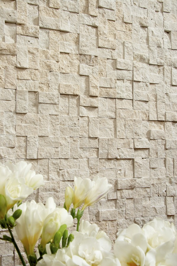 Grand Natural Beige Travertine